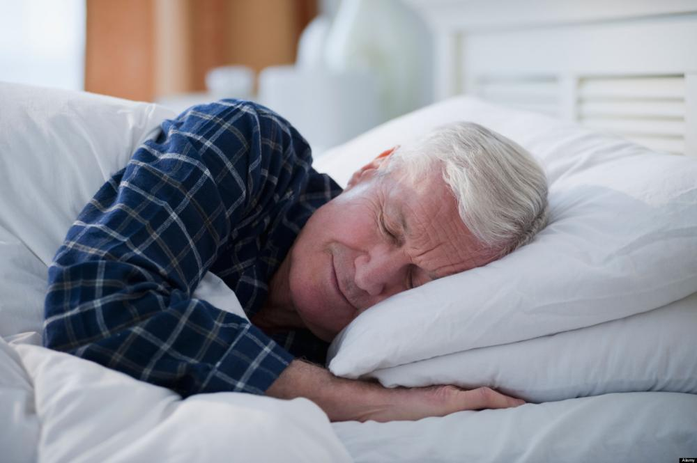 Ngưng thở khi ngủ tạo điều kiện cho bệnh gút phát triển